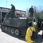 Förevisning av Pbv 302 (Pansarbandvagn).