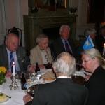 Årsmötesdeltagarna i väntan på middagen